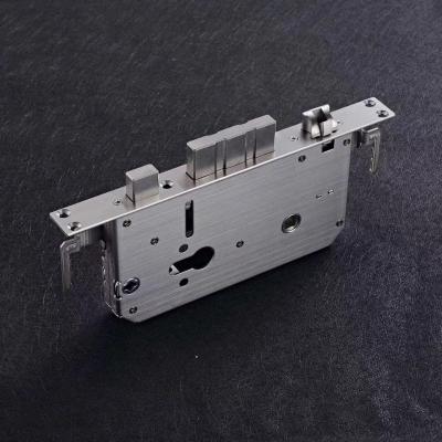 新款自动锁体,可以选配于电机外置智能门锁,欢迎咨询购买在!